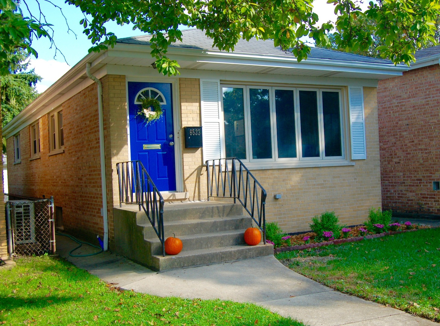 6523 North NIXON Avenue, Chicago-Edison Park in Cook County, IL 60631 Home for Sale