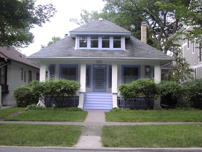 2661 Stewart Avenue Evanston, IL 60201