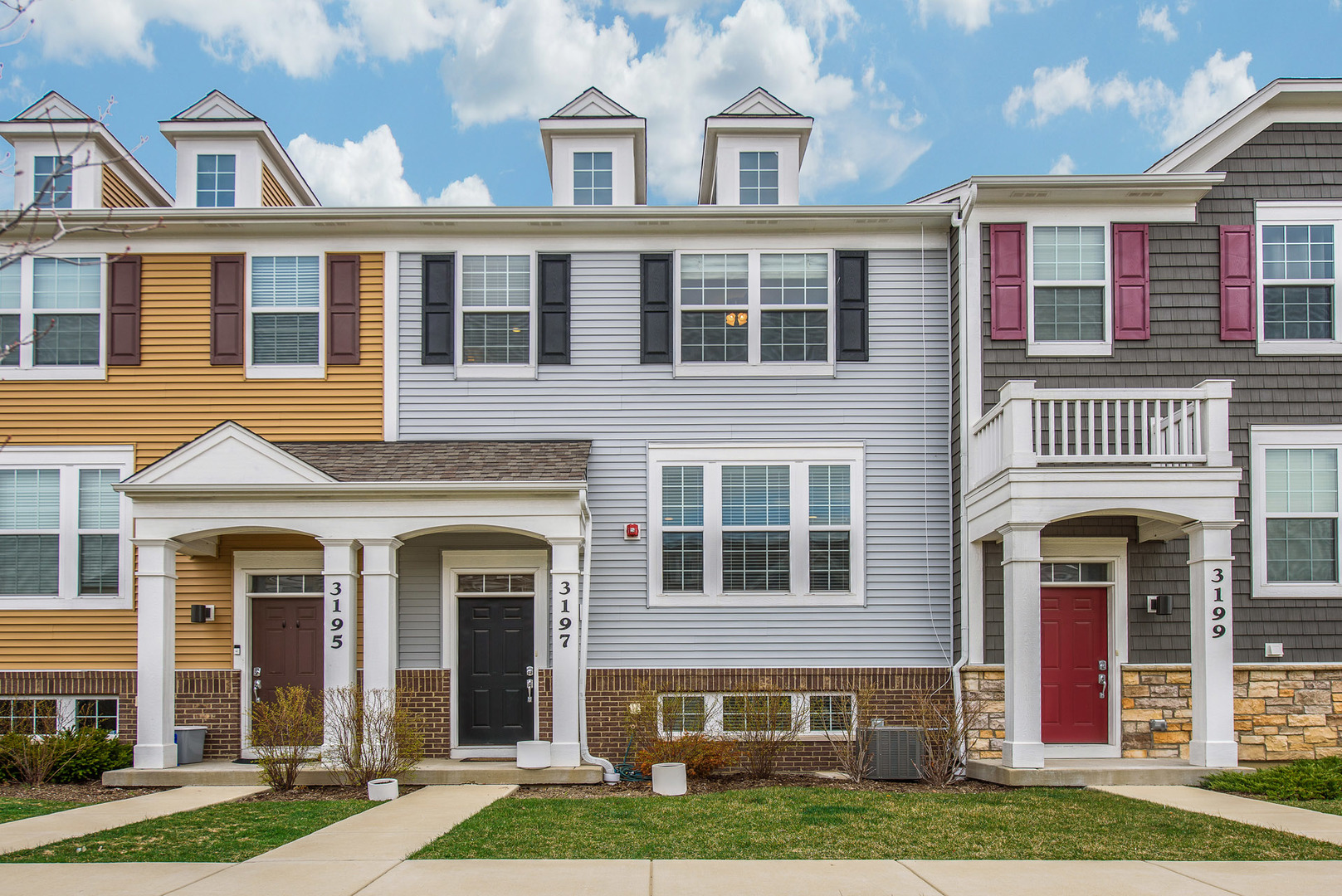 New Listings property for sale at 3197 CORAL Lane, Glenview Illinois 60026