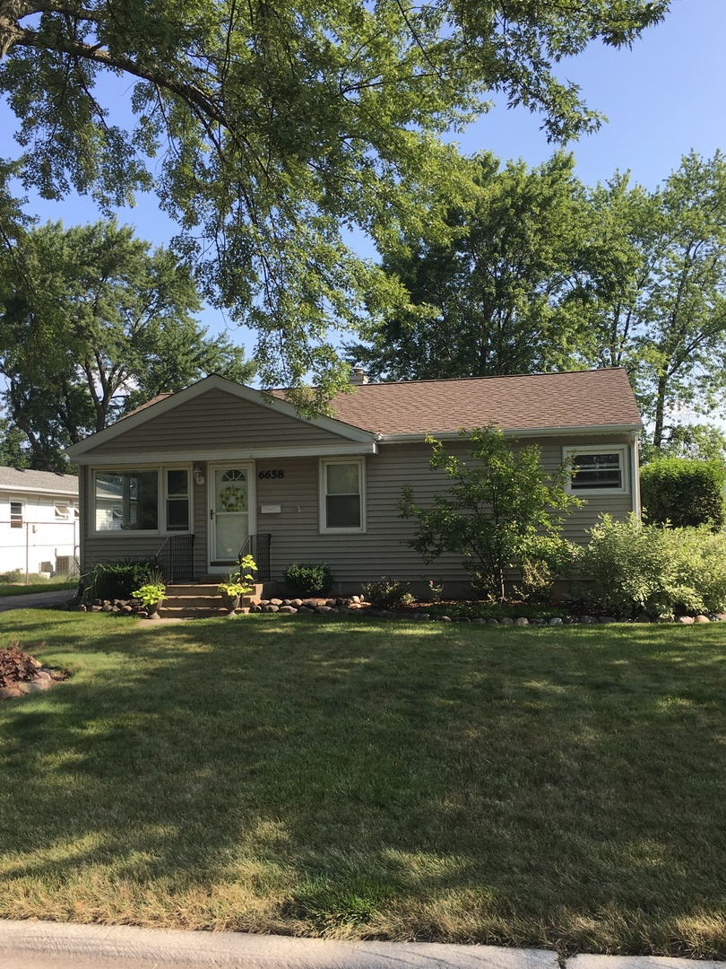 6658 PARKSIDE Drive, Tinley Park in Cook County, IL 60477 Home for Sale
