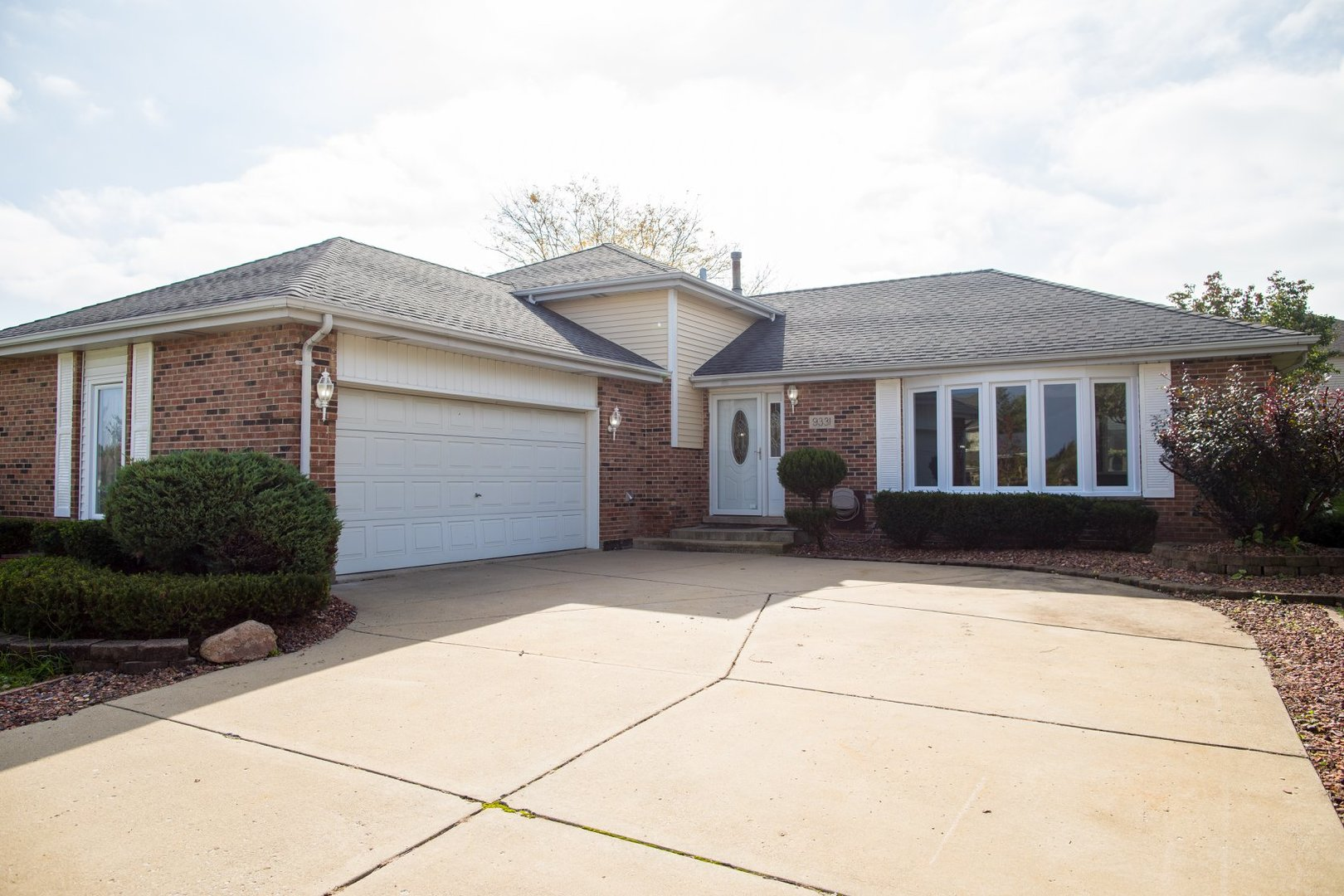 9331 178th Street, Tinley Park in Cook County, IL 60487 Home for Sale