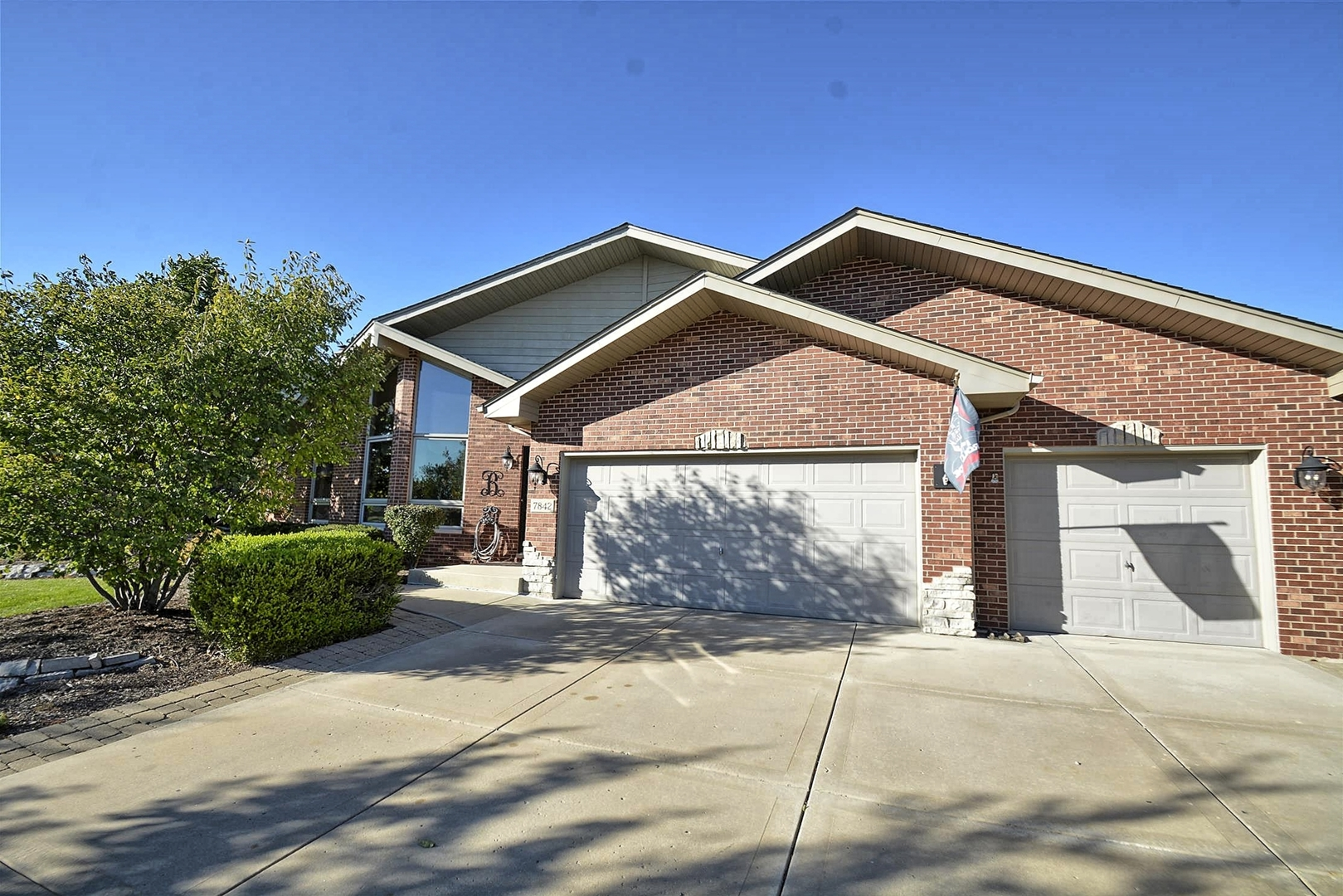 7842 Lakeview Terrace, Tinley Park, Illinois