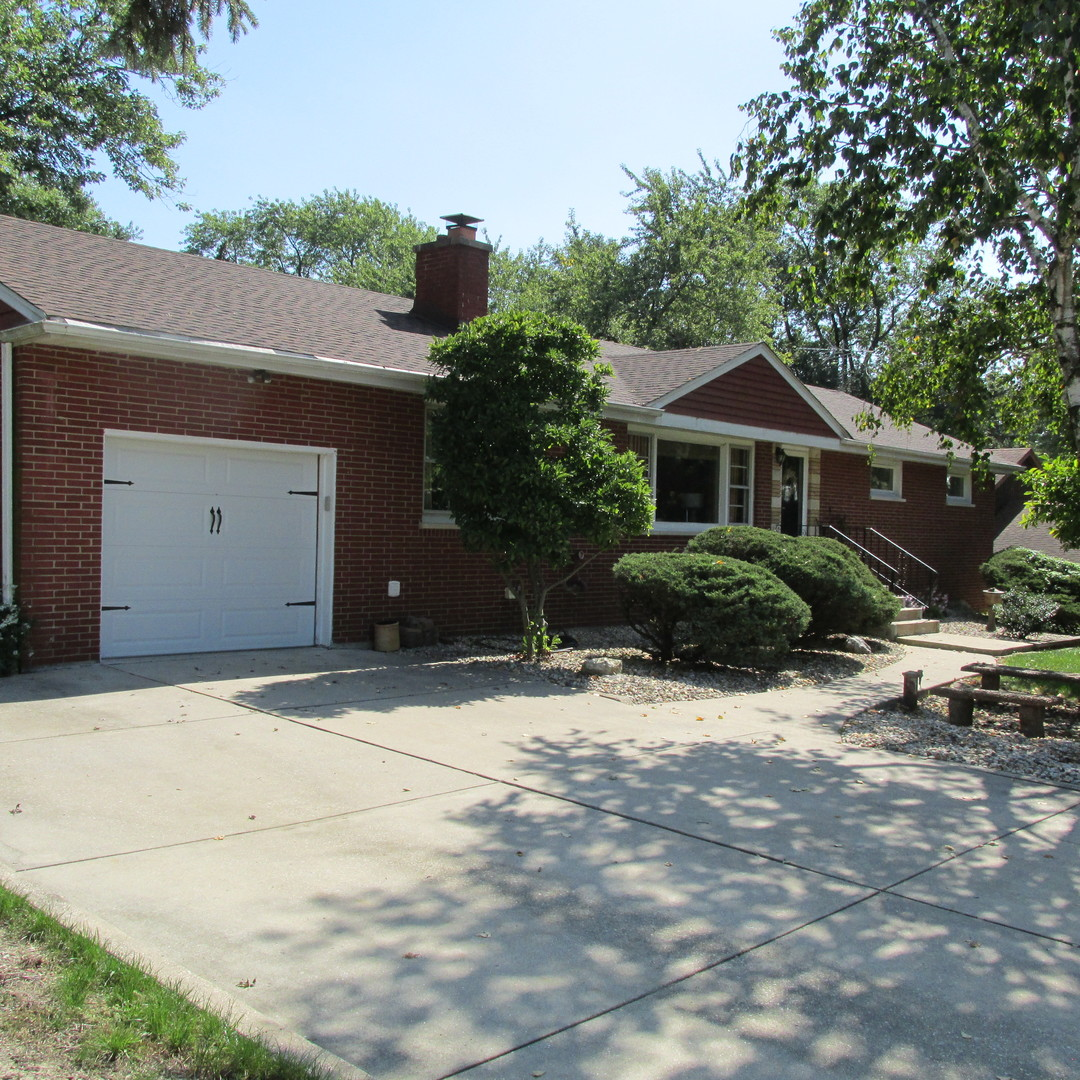 16531 Ridgeland Avenue, Tinley Park in Cook County, IL 60477 Home for Sale