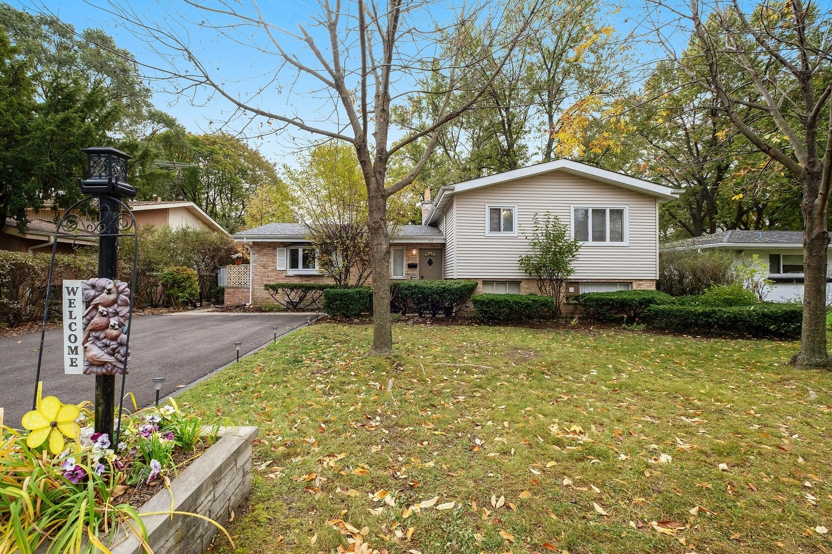 411 East Lake Avenue Glenview, IL 60025