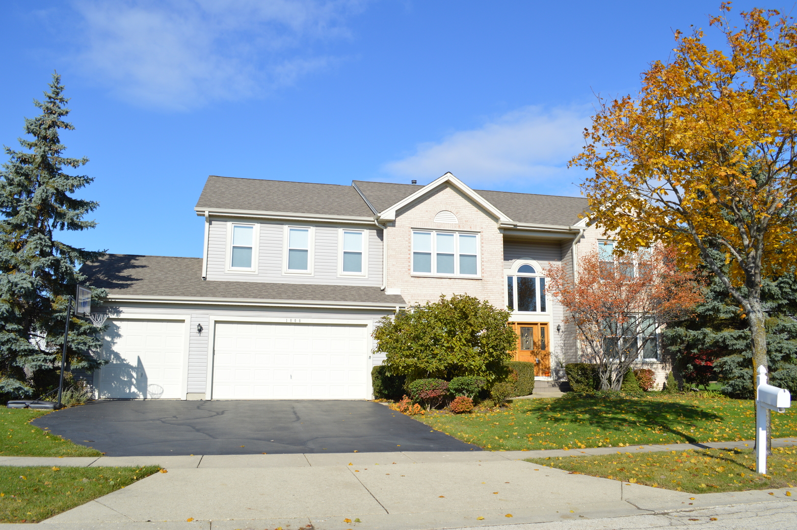 1800 Kensington Drive, Algonquin in Kane County, IL 60102 Home for Sale