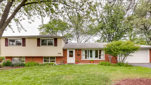 3754 Lindenwood Lane Glenview, IL 60025
