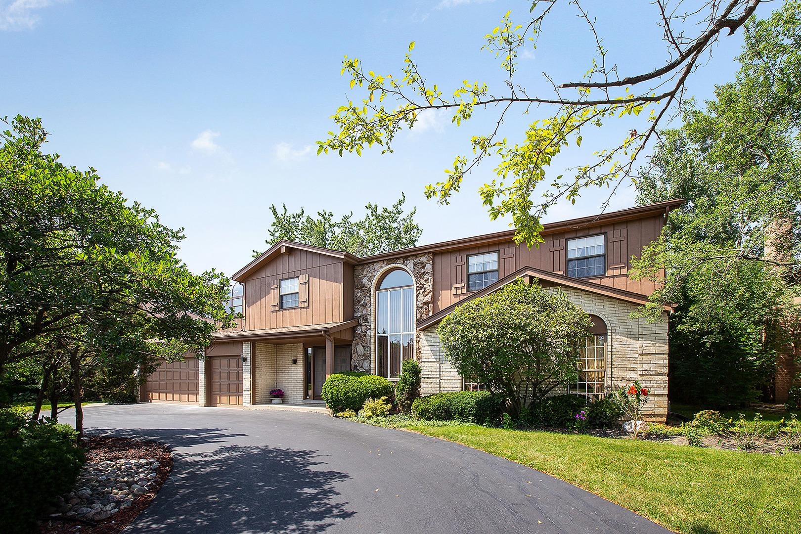 3916 Snowbird Lane, Northbrook, Illinois