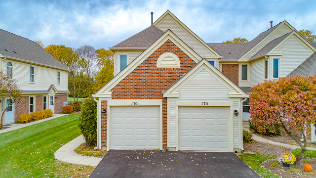 170 Inverness Court, Elk Grove Village in Cook County, IL 60007 Home for Sale