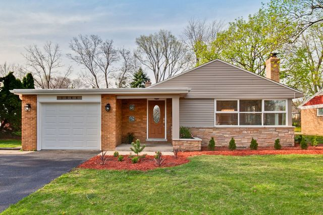 1346 London Lane Glenview, IL 60025