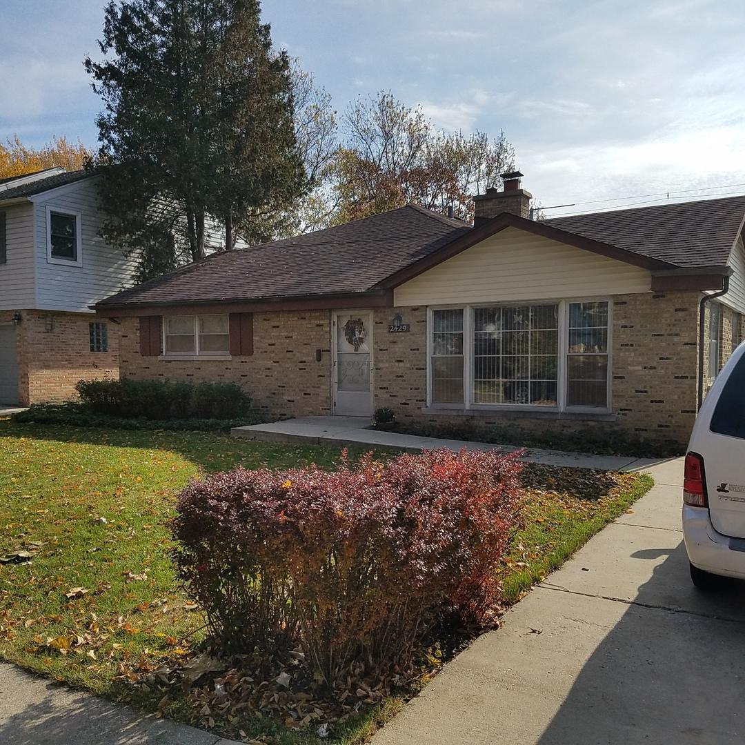 2429 Oak Avenue, Northbrook, Illinois