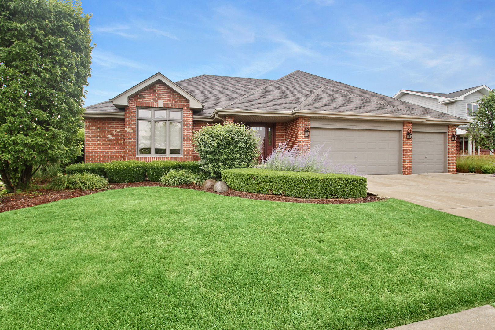 19631 Edgebrook Lane, Tinley Park in Will County, IL 60487 Home for Sale