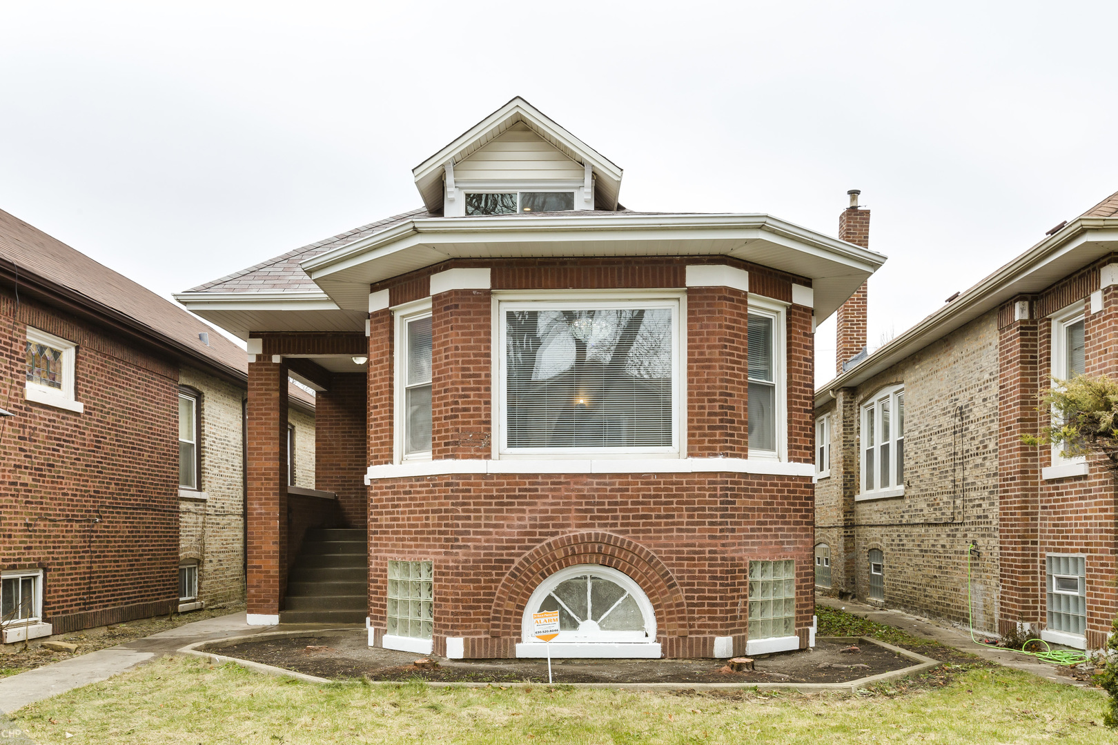 8316 South Aberdeen Avenue Chicago, IL 60620