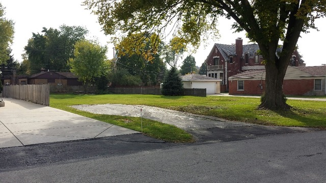 2821 MAYFIELD Drive, one of homes for sale in Park Ridge