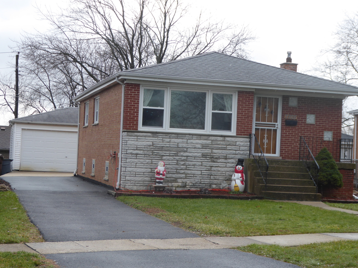 7305 173rd Street, Tinley Park in Cook County, IL 60477 Home for Sale