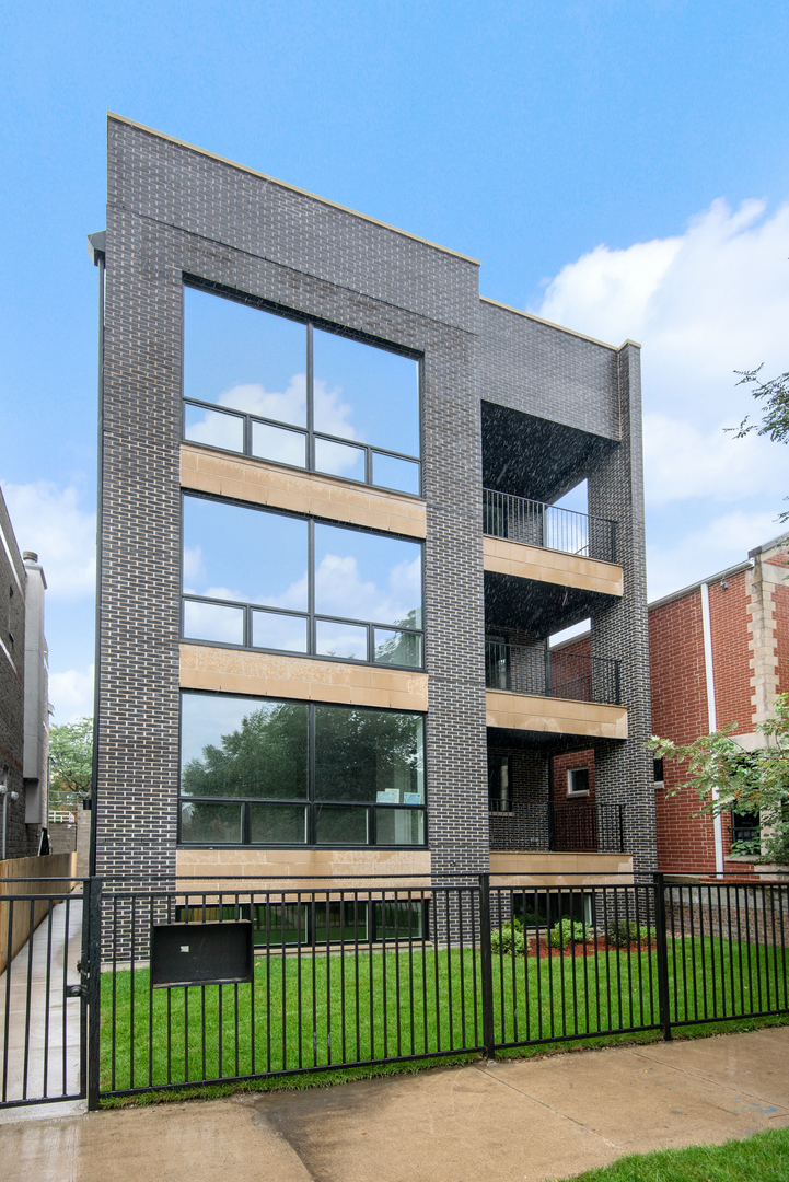 2508 North Greenview Avenue, Lincoln Park, Illinois 12 Bedroom as one of Homes & Land Real Estate