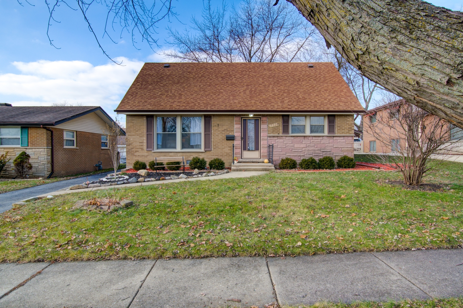 17324 Odell Avenue, Tinley Park in Cook County, IL 60477 Home for Sale