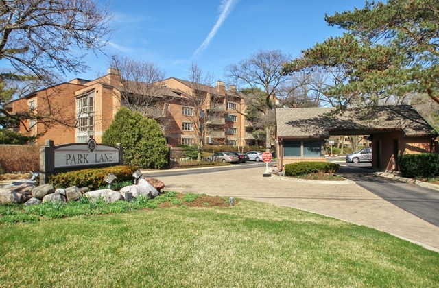 22 Park Lane, Park Ridge in Cook County, IL 60068 Home for Sale