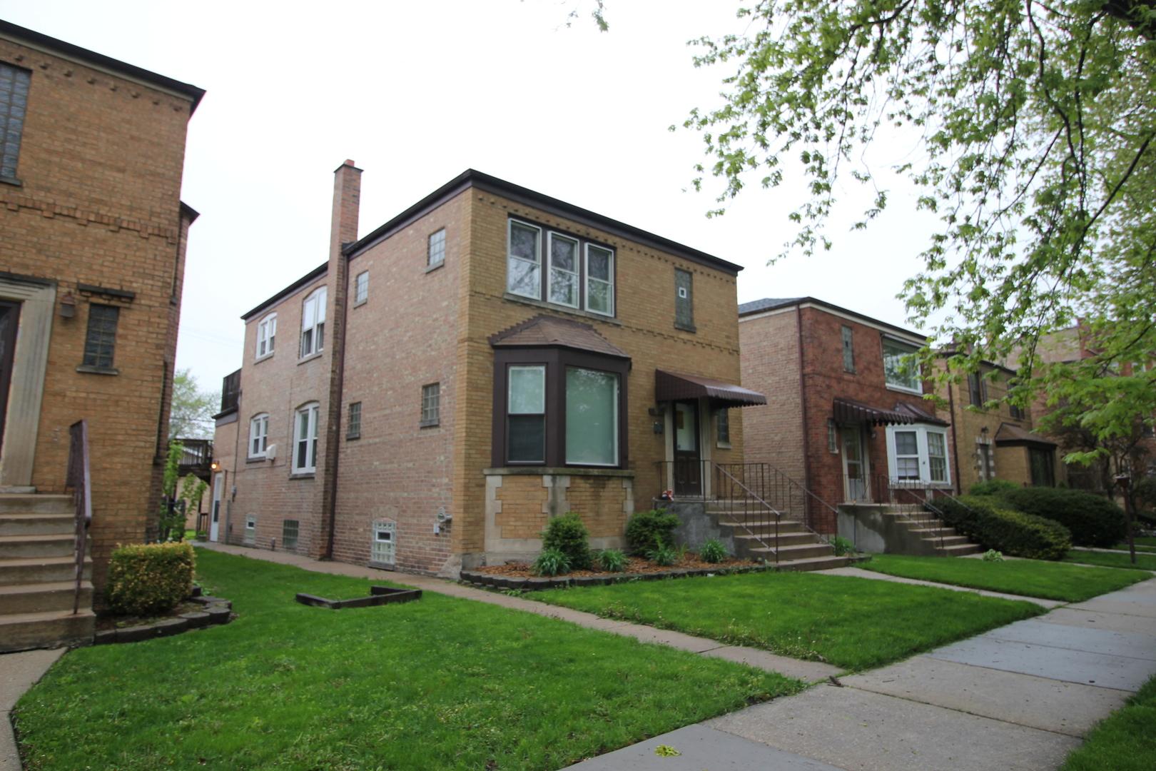 10944 South Artesian Avenue Chicago, IL 60655