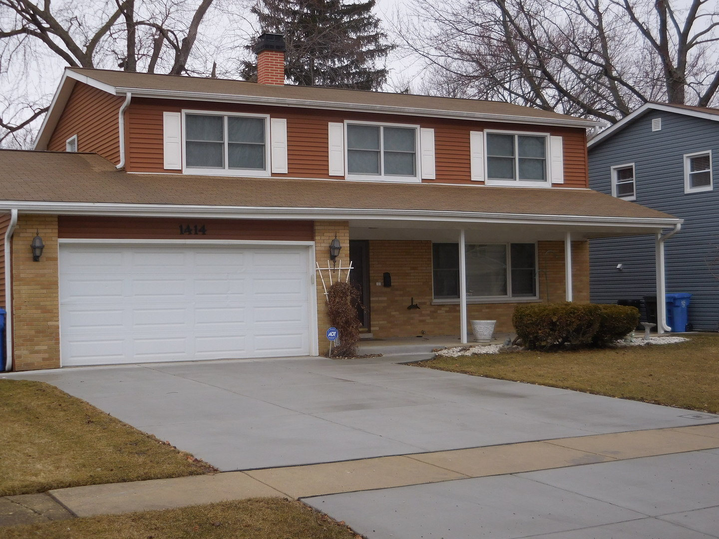 1414 South Hickory Drive Mount Prospect, IL 60056