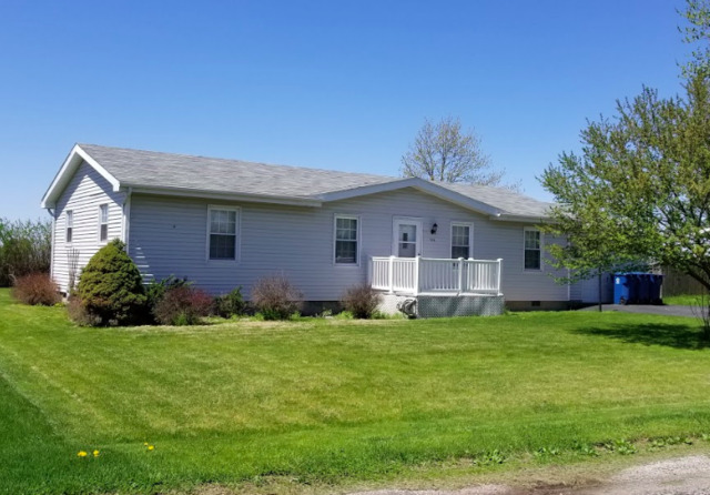 106 South Tipsord Street Arrowsmith, IL 61722