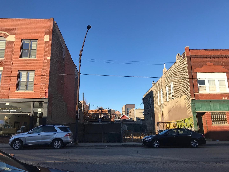 1812 West Grand Avenue Chicago, IL 60622