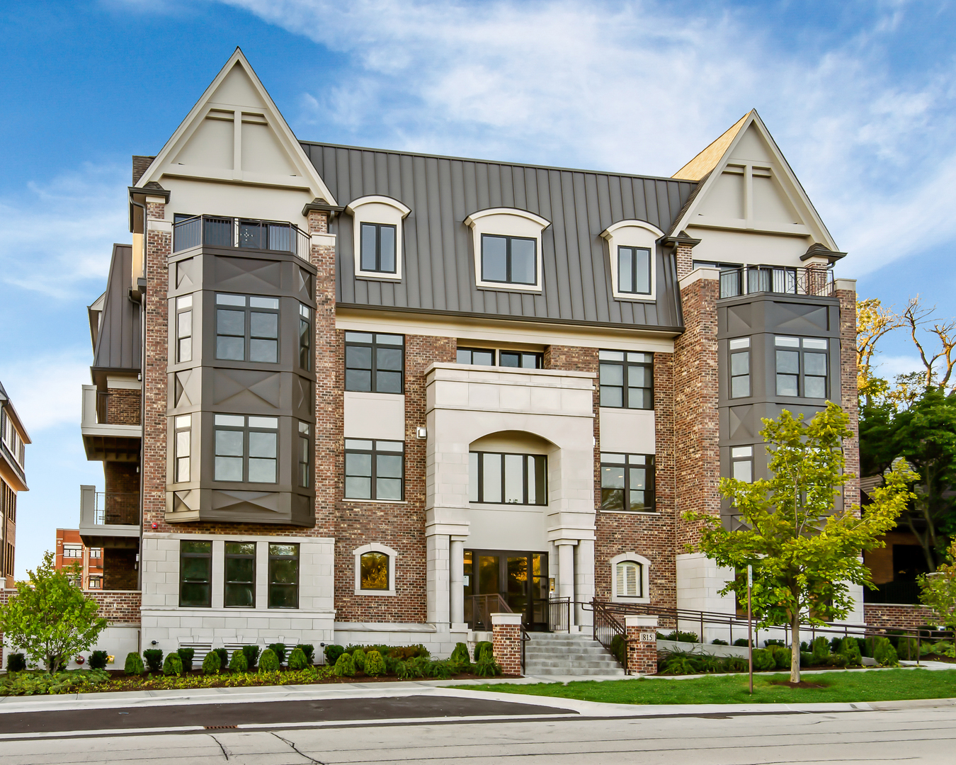 815 Laurel Avenue, Highland Park, Illinois