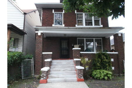 704 East 92nd Place Chicago, IL 60619