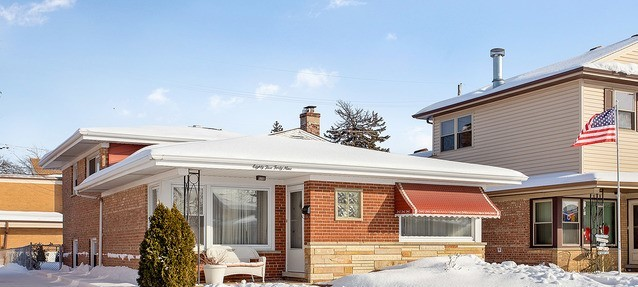 8549 South Keeler Avenue Chicago, IL 60652
