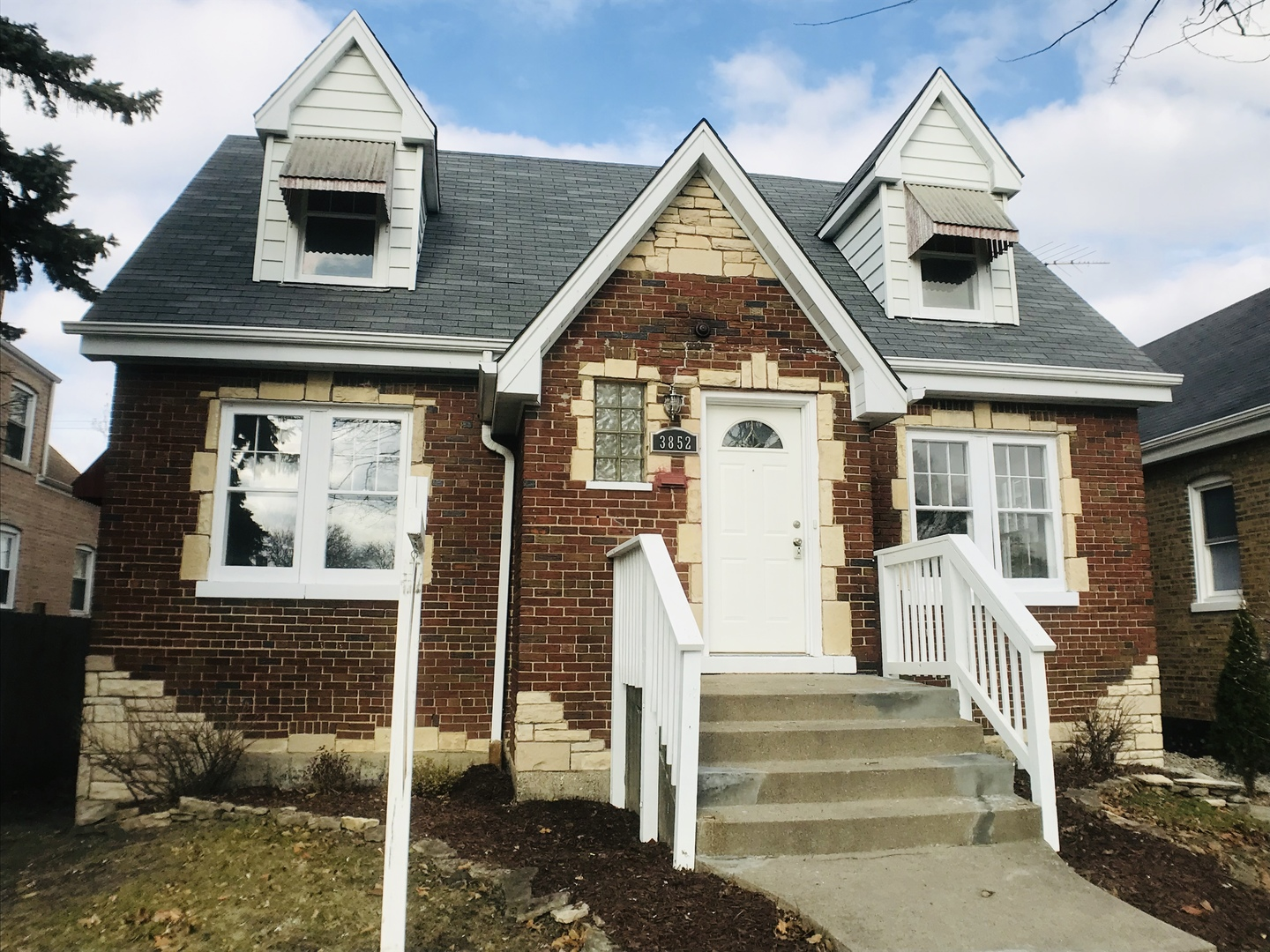 3852 West 56th Place Chicago, IL 60629