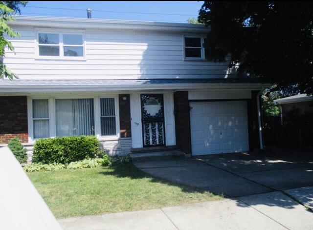 13515 South Mackinaw Avenue Chicago, IL 60633