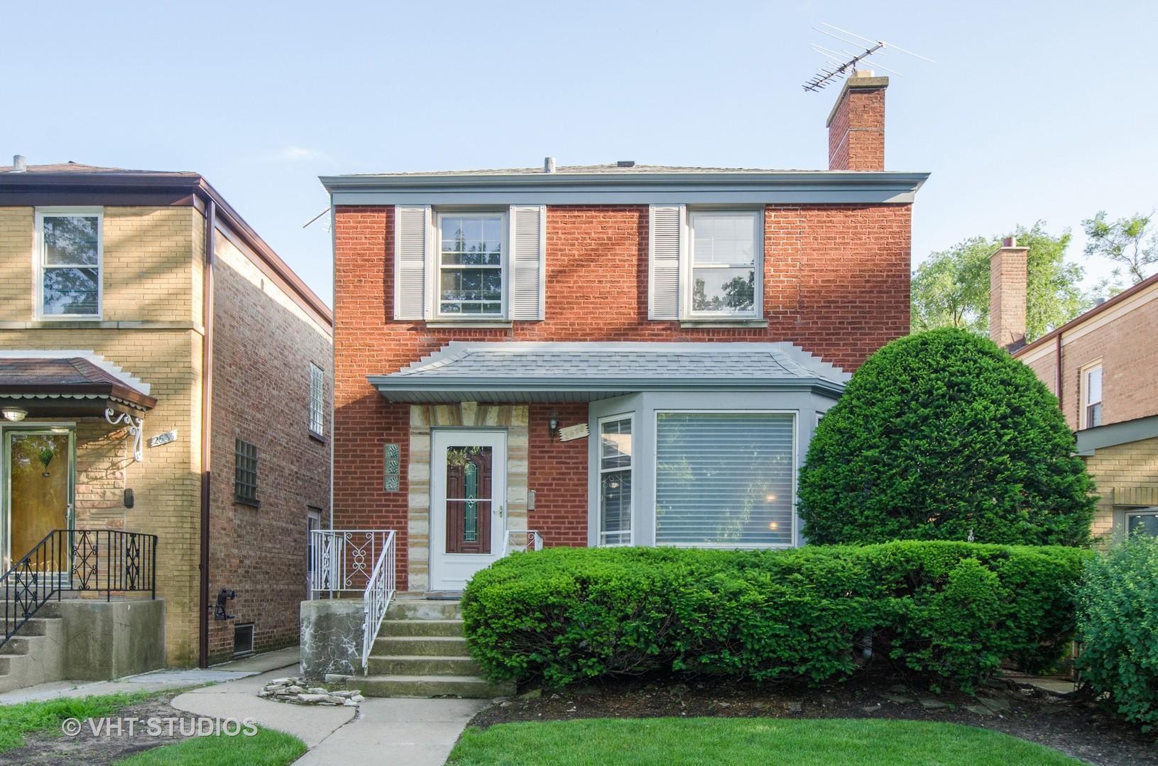 2635 West Jarlath Street Chicago, IL 60645