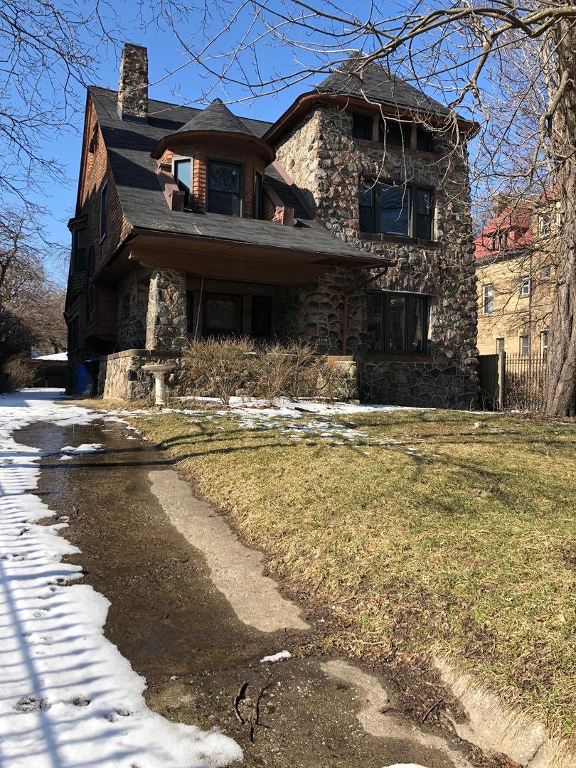 4840 South Ellis Avenue Chicago, IL 60615