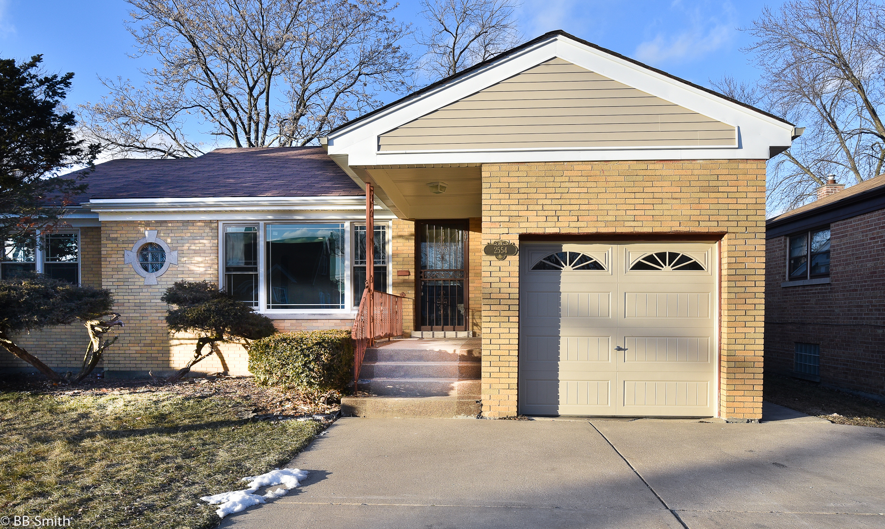 2554 West 82nd Place Chicago, IL 60652