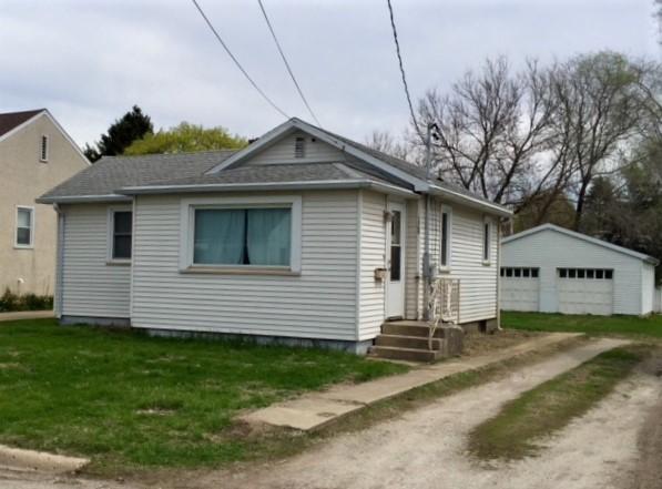 primary photo for 1368 Tonti Street, LASALLE, IL 61301, US
