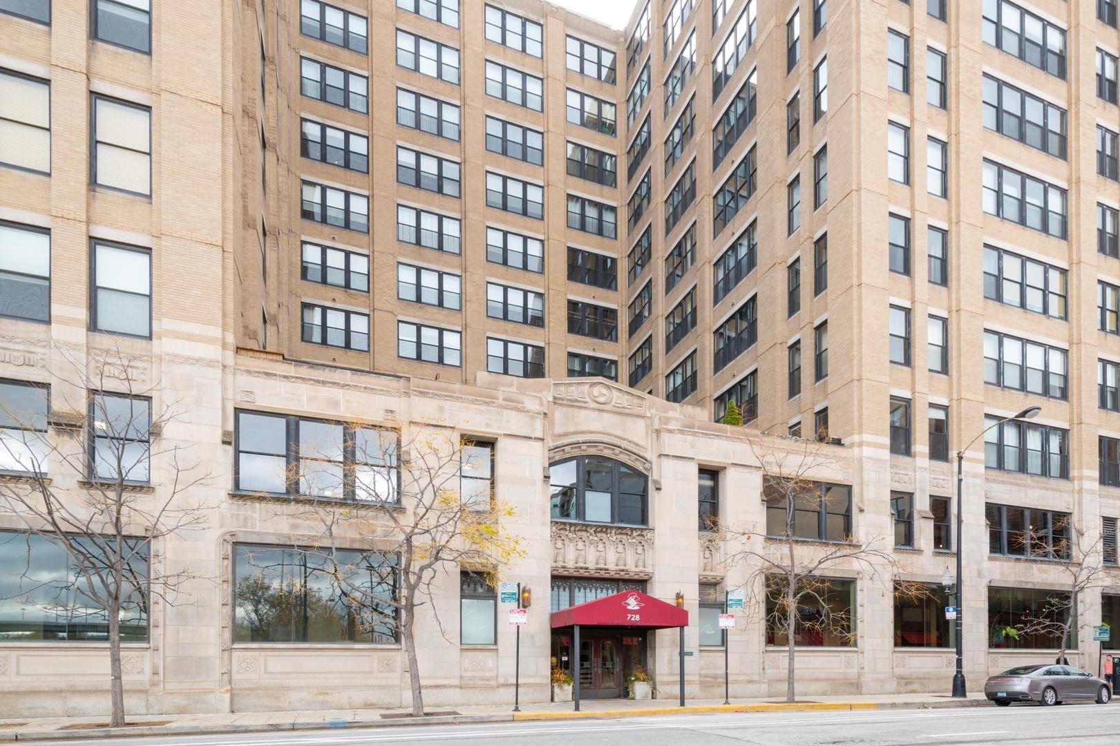 728 West Jackson Boulevard Chicago, IL 60661