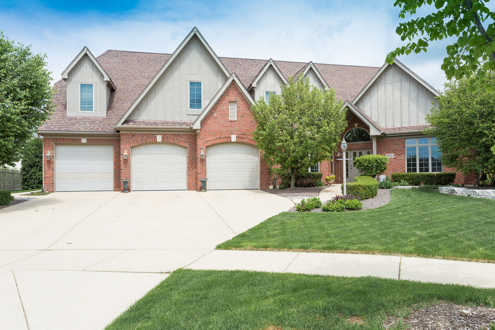 10834 Moose Lane Orland Park, IL 60467