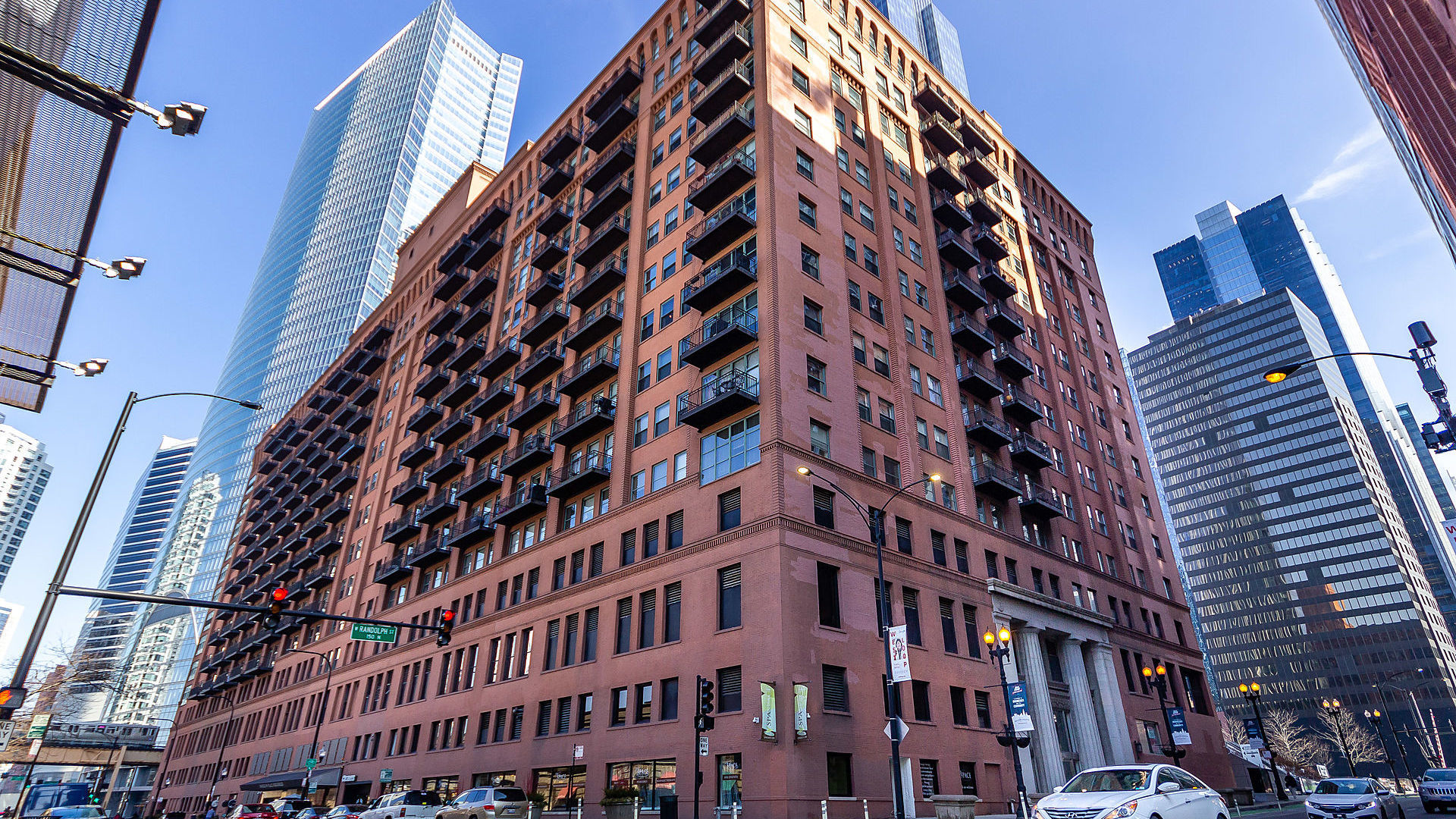 165 North Canal Street Chicago, IL 60606