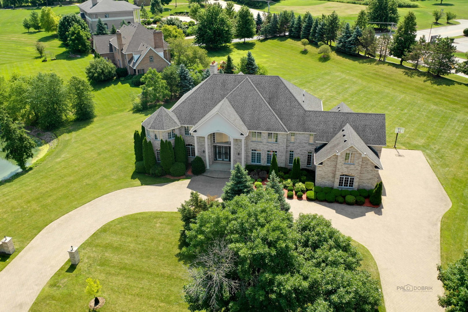 3 Spring Creek Drive, South Barrington, Illinois