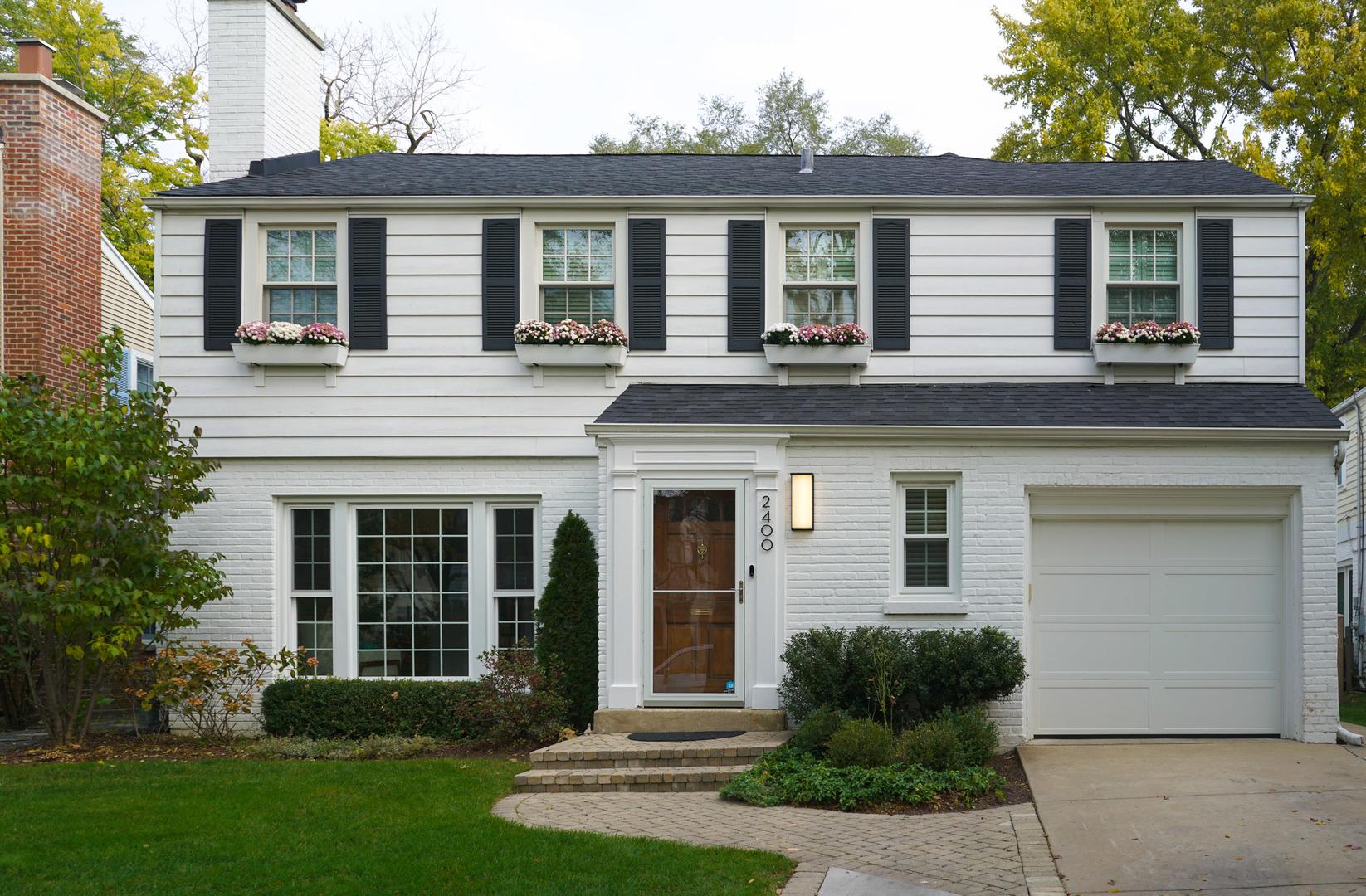 2400 Greenwood Avenue Wilmette, IL 60091