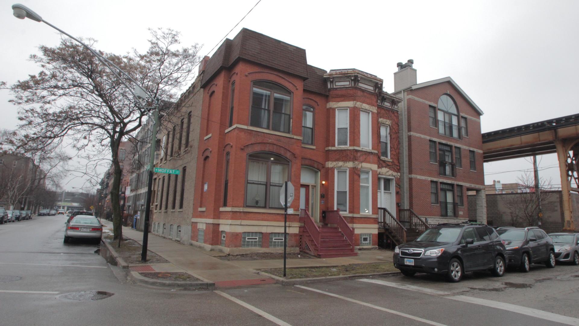 2320 West MOFFAT Street, Logan Square, Illinois