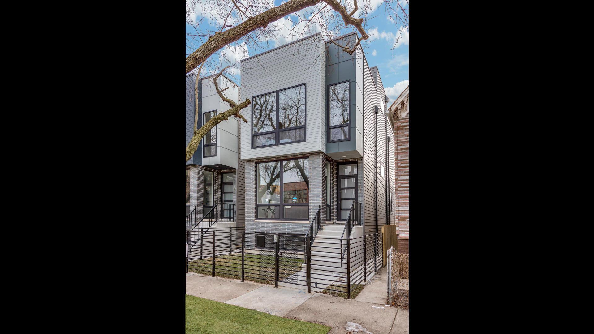 1638 North Mozart Street Chicago, IL 60647