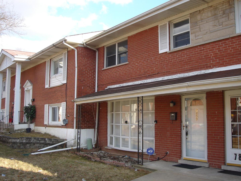 7859 North Nordica Avenue Niles, IL 60714