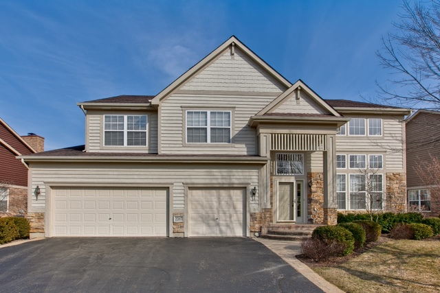 2267 Hazeltime Drive Vernon Hills, IL 60061