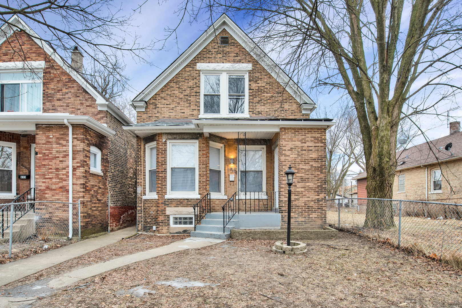 655 West 117th Street Chicago, IL 60628
