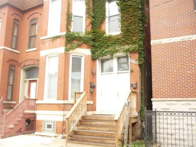 2318 West Moffat Street Chicago, IL 60647