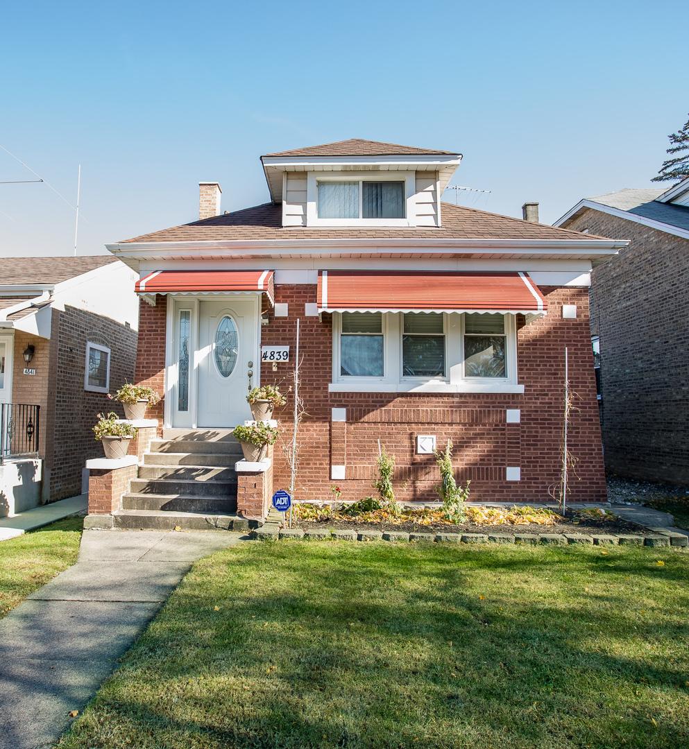 4839 North Meade Avenue Chicago, IL 60630