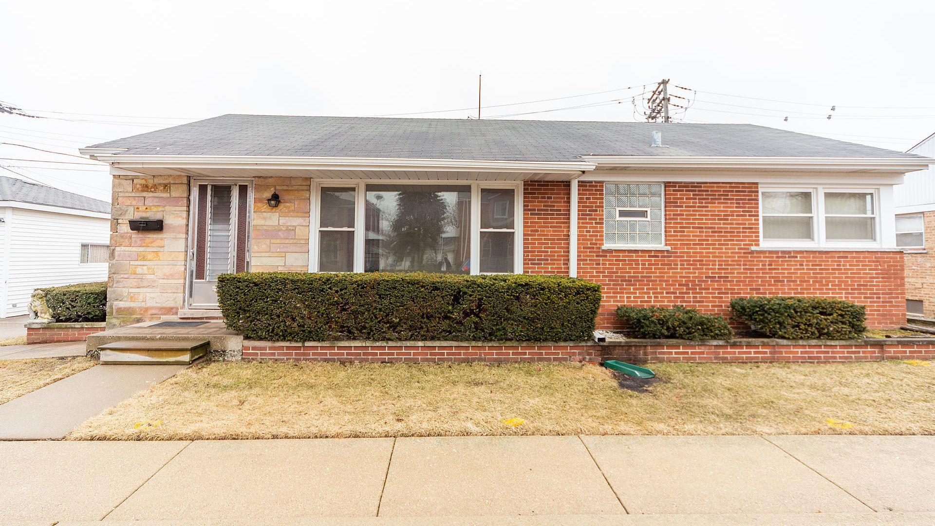 7231 West Berwyn Avenue Chicago, IL 60656