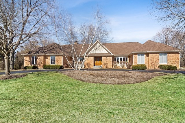 1707 Galloway Circle Inverness, IL 60010