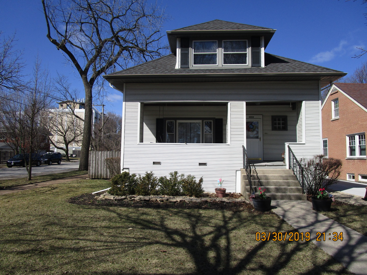 One of Chicago-Edison Park 6 Bedroom Homes for Sale at 6002 North OCONTO Avenue