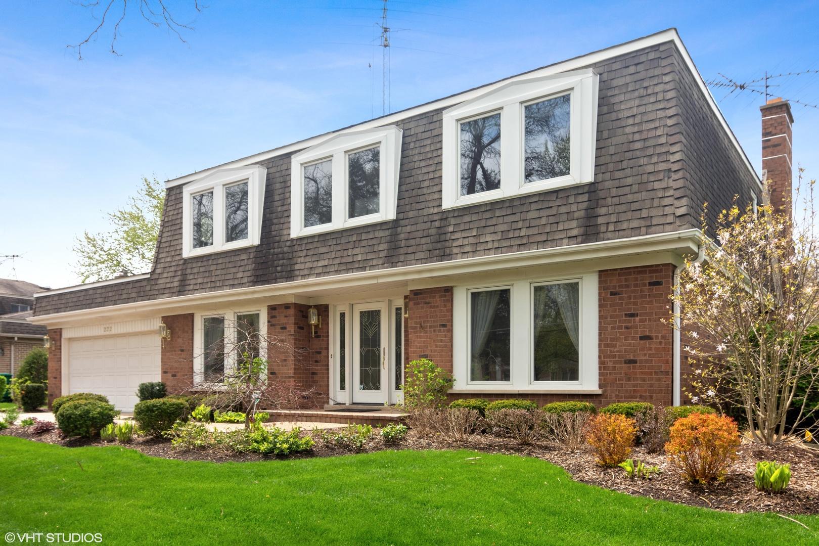 222 Fairview Avenue Deerfield, IL 60015